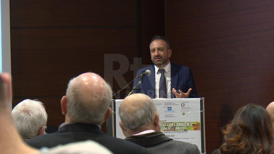 Il Segretario Luca Beccari durante il suo intervento