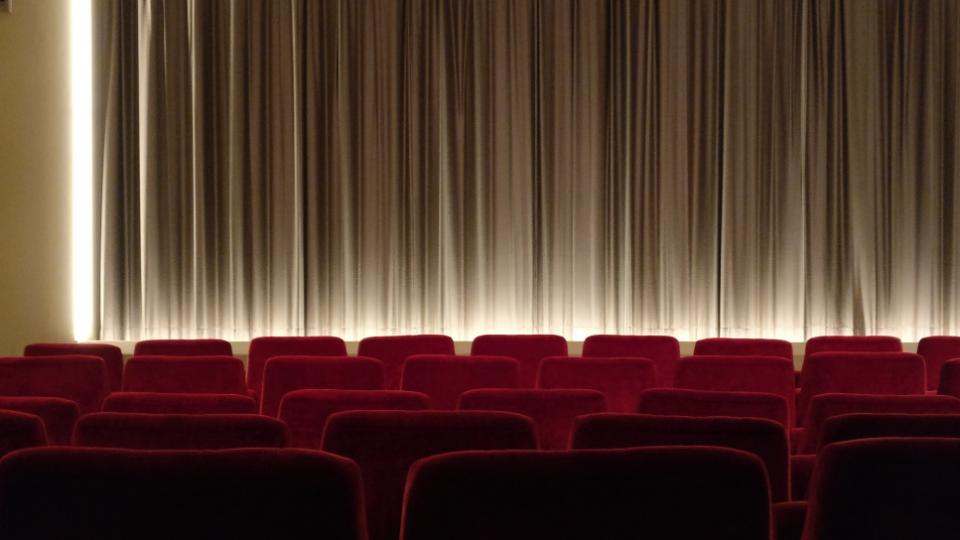 Stop a concerti, teatro e cinema: le reazioni dei cantanti al nuovo Dpcm