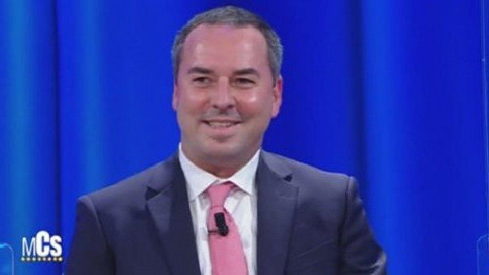La scelte di San Marino spiegate sui media italiani: Lonfernini sul palco del Maurizio Costanzo Show