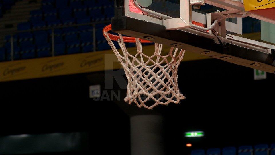 Basket: rinviata Virtus Bologna - Carpegna Prosciutto Pesaro