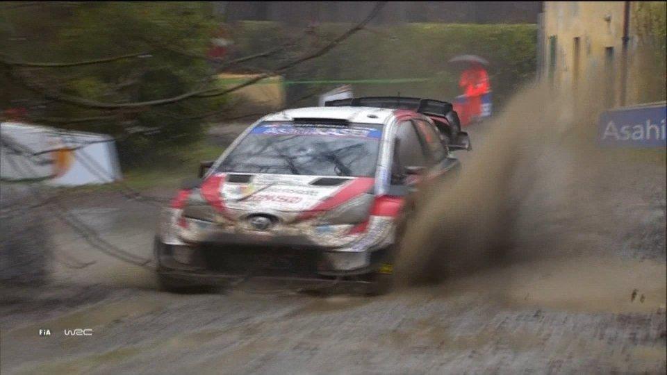 WRC, clamoroso a Monza: Evans si ritira, Ogier verso il titolo