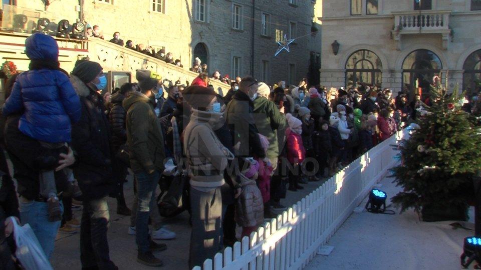 Il Natale delle Meraviglie entra nel vivo: in tanti in centro storico