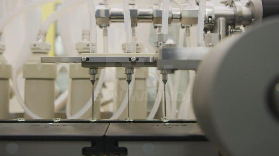 Macchina di produzione del vaccino