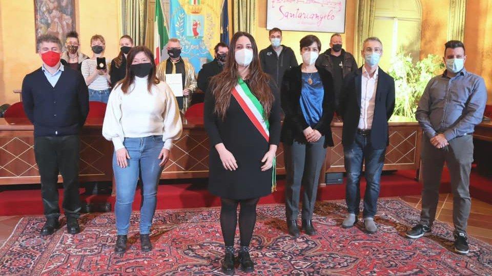 Santarcangelo: L'Arcangelo d'Oro ai Mutoid durante il saluto di fine anno della sindaca Parma