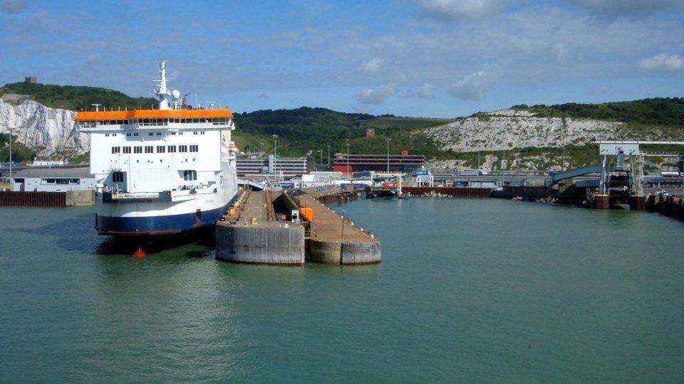 Il porto di Dover (foto archivio Helmut Zozmann - geograph.org.uk)