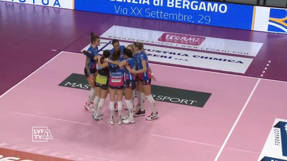 Volley A1/F - IL PUNTO: Novara travolge Bergamo nell'unica sfida del mercoledì