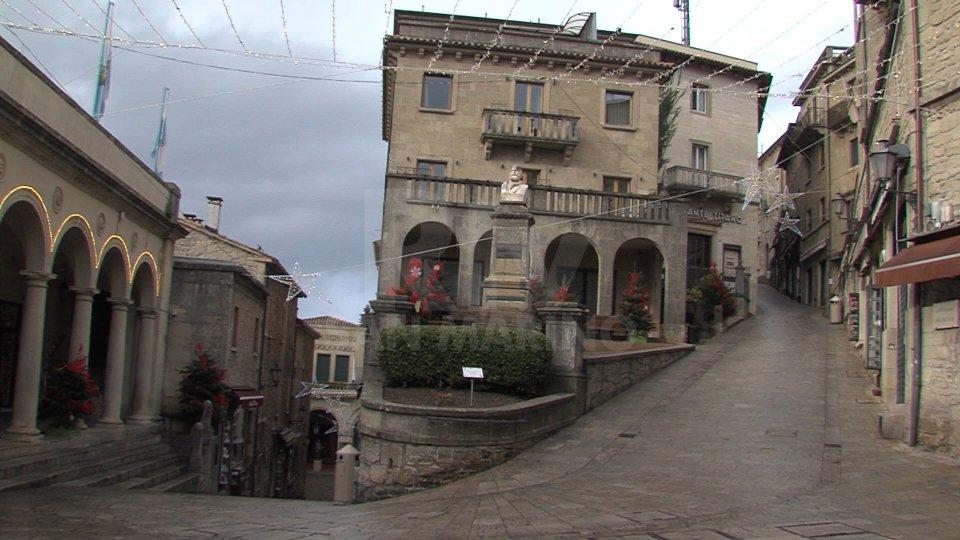 """Natale in """"lockdown"""": strade deserte a San Marino e Rimini. Ecco le immagini"""