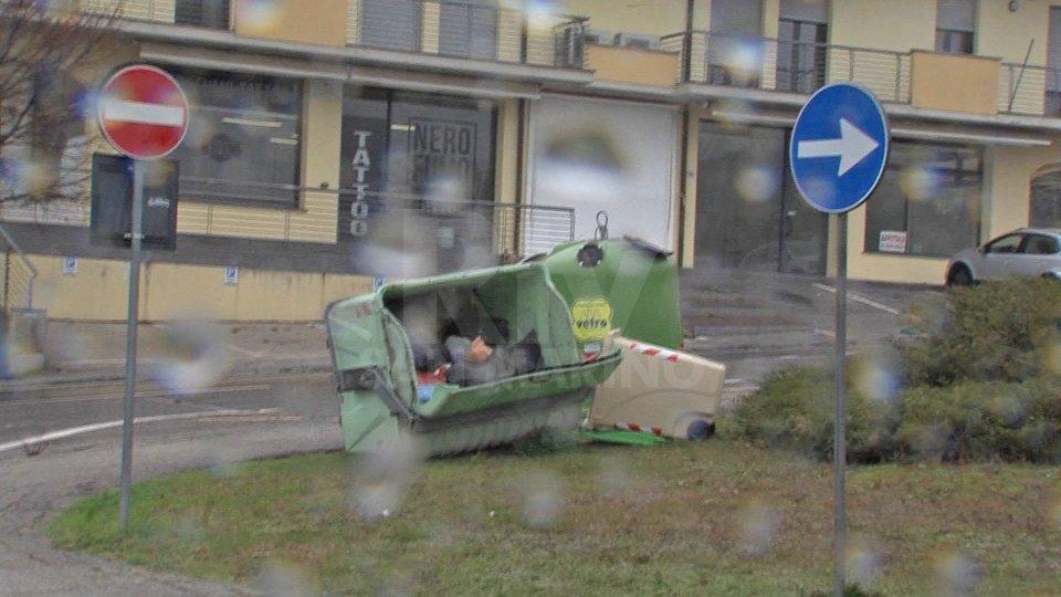Forte vento su San Marino: maltempo e qualche danno ma ancora niente neve