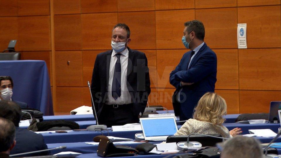 Mozione di sfiducia a Beccari: il voto atteso in seduta notturna ma l'esito è scontato