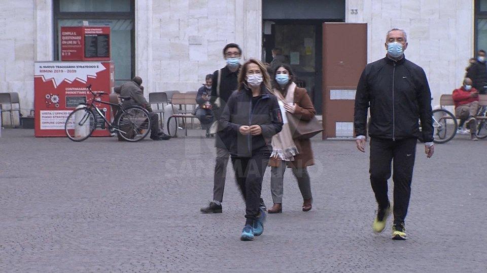Cittadini in strada