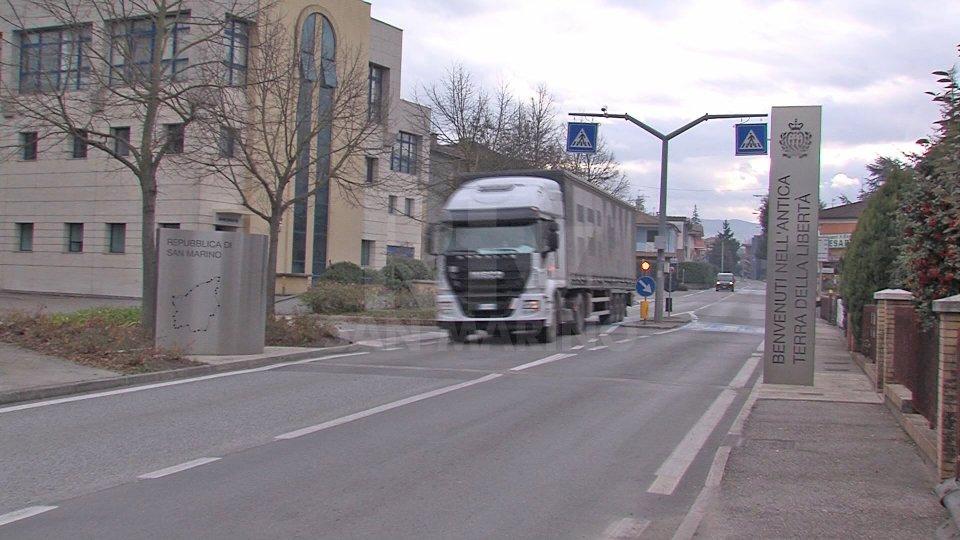 """Spostamenti: da lunedì circolazione libera nelle """"gialle"""" Marche, solo comuni confinanti in Emilia-Romagna"""