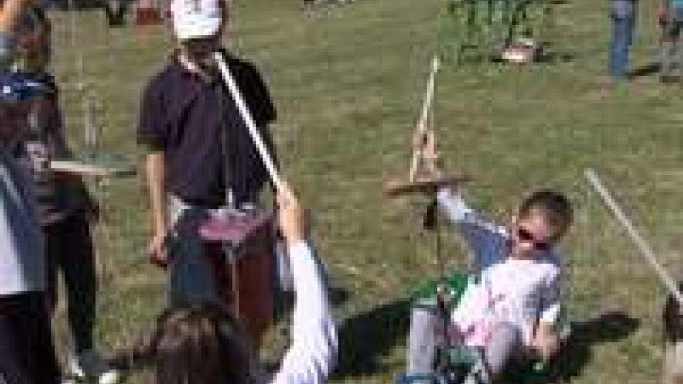 """Murata: festa dedicata ai bambini con """"suoni in gioco"""" e """"truccabimbi""""Murata: festa dedicata ai bambini con """"suoni in gioco"""" e """"truccabimbi"""""""