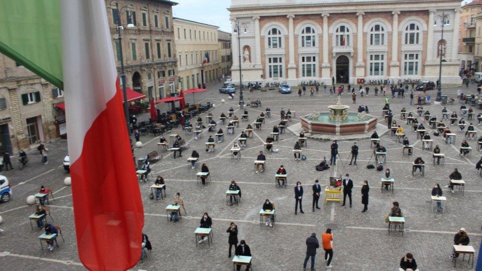 Cinque anni senza Giulio Regeni, flash mob a Pesaro