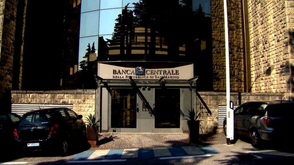 Vendita ad Asta pubblica senza incanto di un complesso di Beni Mobili destinati all'esercizio di un'attività di ristorazione-bar