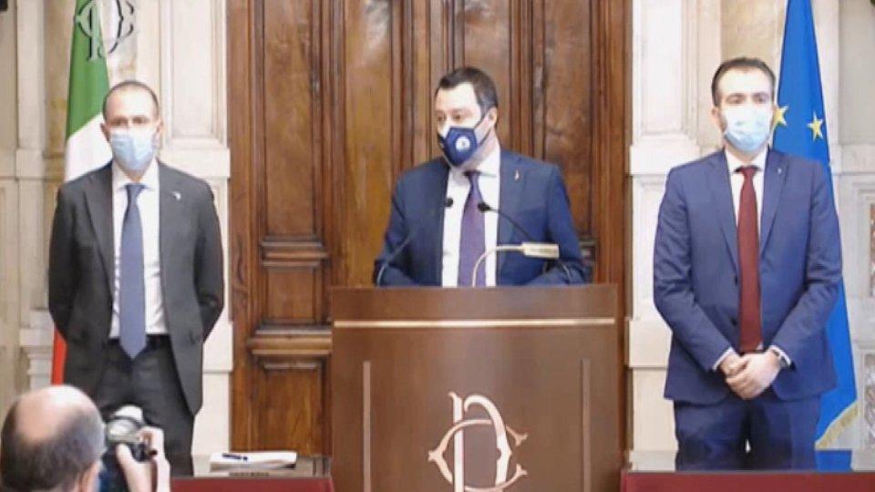 """Consultazioni, lunedì inizia il secondo giro; Salvini: """"Con taglio tasse e burocrazia, io ci sono"""""""