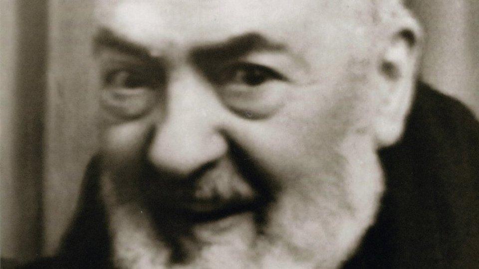 Don Mangiarotti. Padre Pio e quell'aborto confessato...