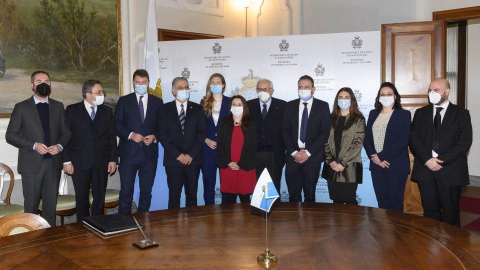 Segreteria Affari Esteri: Firmato l'Accordo con l'Assemblea Parlamentare del Mediterraneo (PAM)