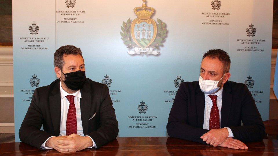 Grande apprezzamento e fiducia dimostrati dal mercato degli investitori nei confronti della Repubblica di San Marino. In poche ore sono stati piazzati oltre 300 milioni di obbligazioni, un risultato inaspettato.