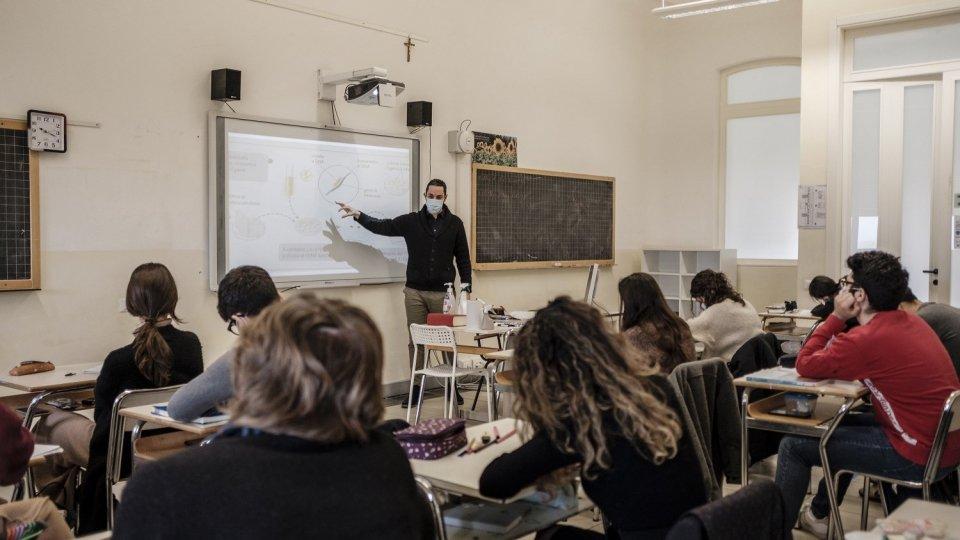 """Rimini, lo scientifico Karis è """"Made for Science"""""""