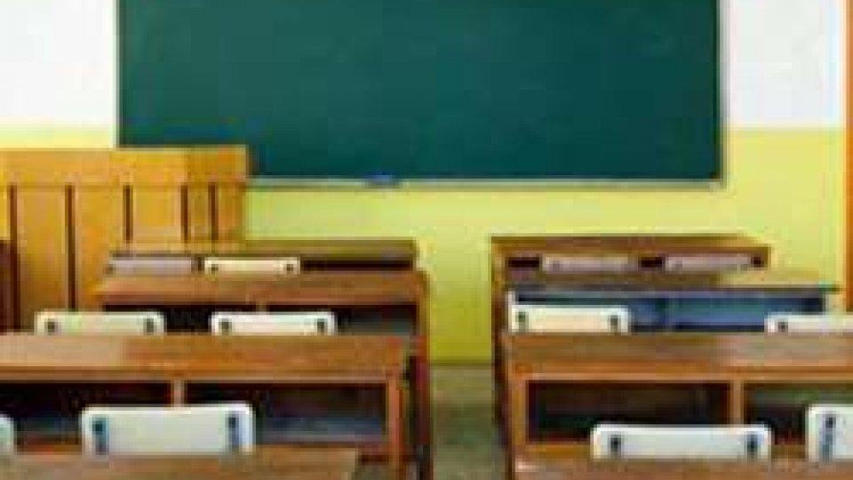 """Continua la raccolta firme per la """"settimana corta"""" a scuola"""