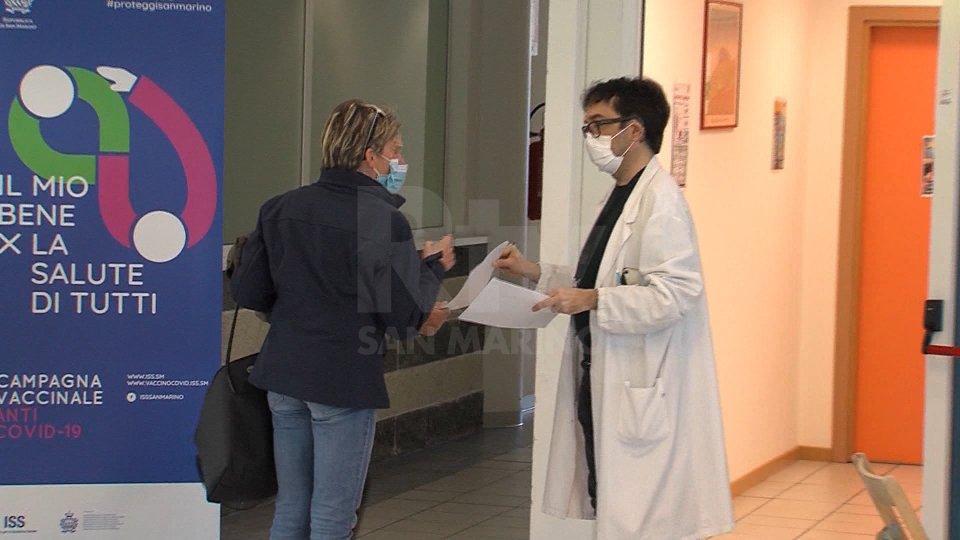 Vaccino anti-Covid, iscrizioni aperte per fascia 60-64 anni e diabetici