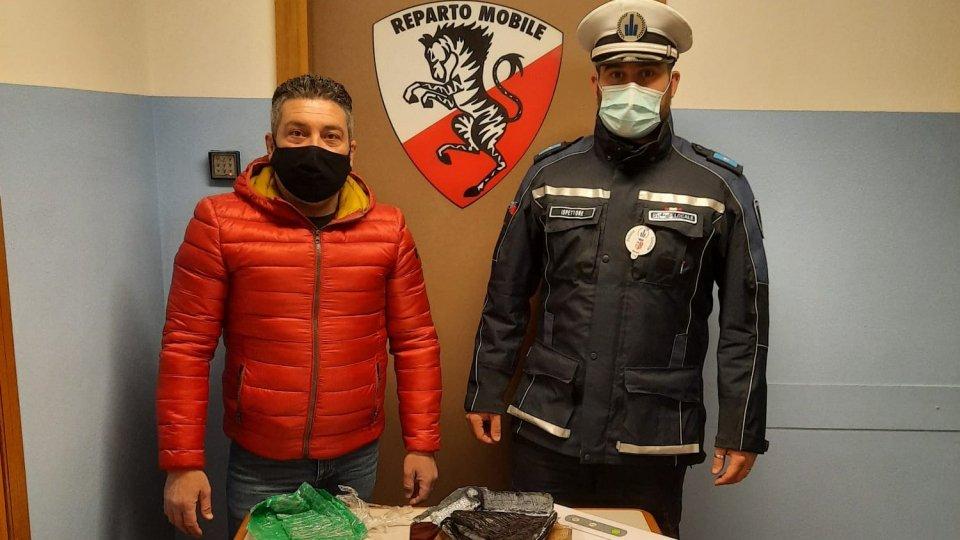 Polizia Locale: sequestrati quasi 3 etti di cocaina, arrestato un 22enne