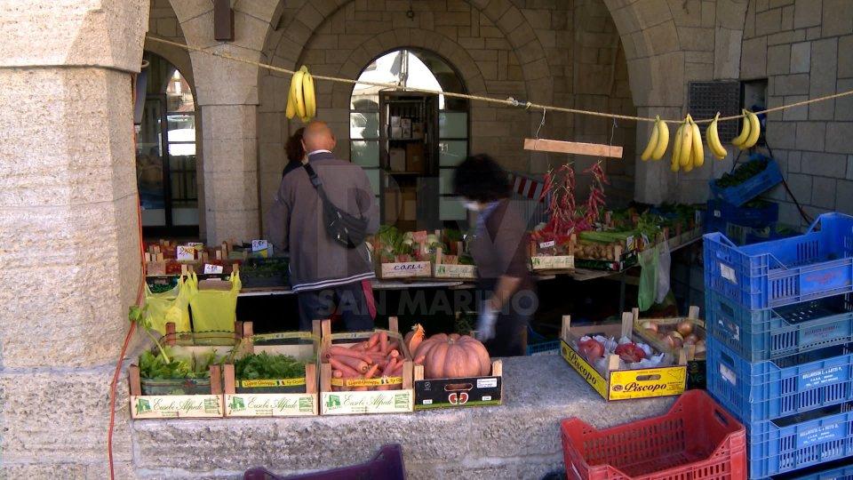 25 marzo: mercato di soli generi alimentari a Borgo Maggiore