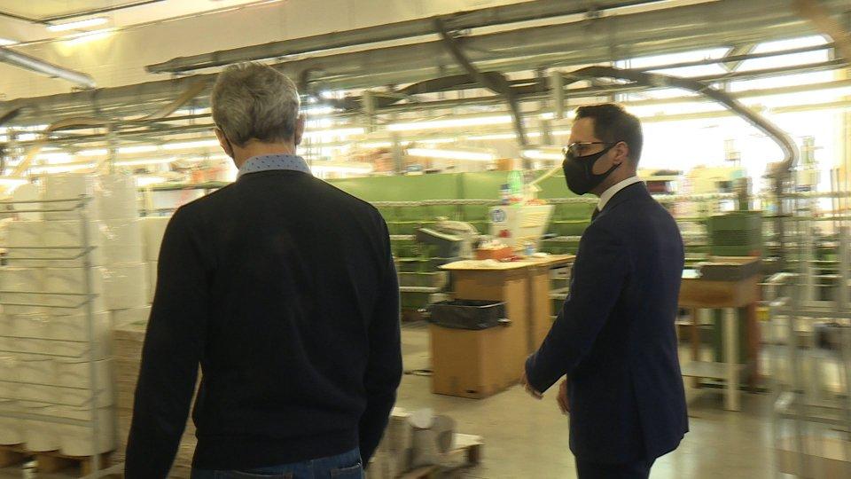 """Ninalilou: il Segretario di Stato Fabio Righi in visita agli stabilimenti di produzione del brand """"Made in San Marino"""""""