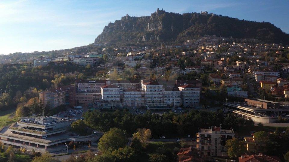 Covid San Marino: leggera flessione dei positivi attivi grazie a 51 guarigioni