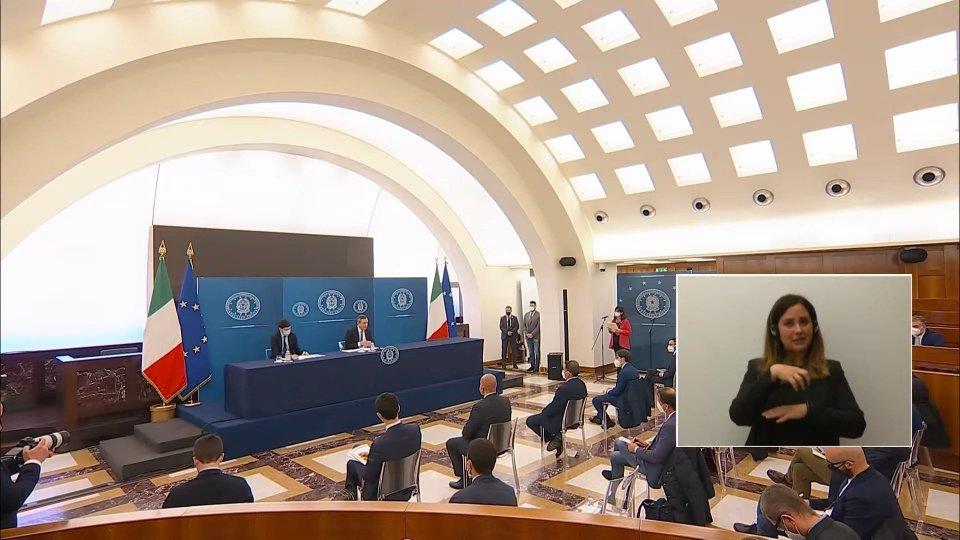 gli interventi di Mario Draghi e di Roberto Speranza