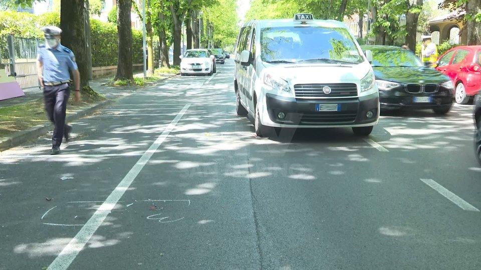 Riccione: taxi investe 80enne, trasportata in elisoccorso a Cesena