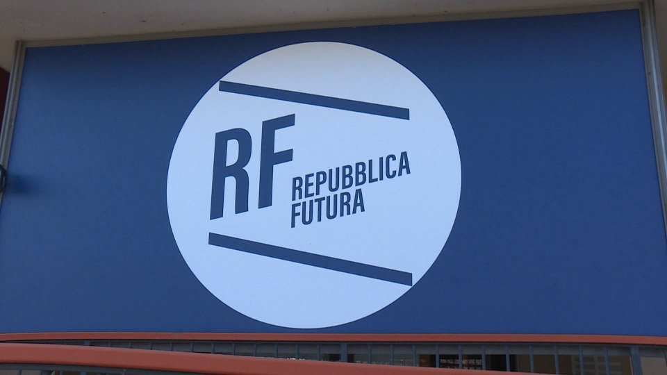 Repubblica Futura: odg chiusura scuola elementare