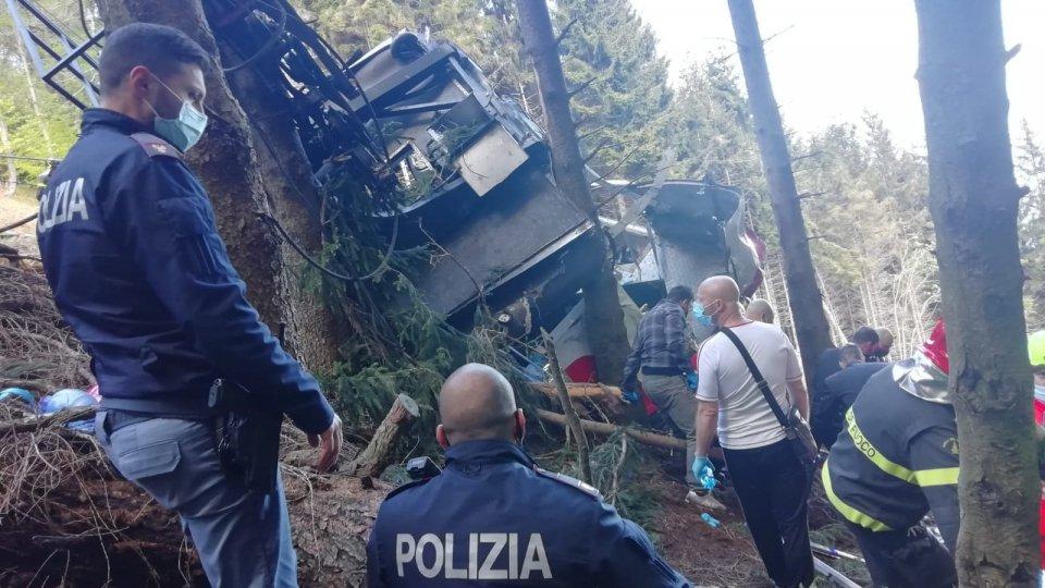 Precipita la funivia Stresa-Mottarone: morte 13 persone
