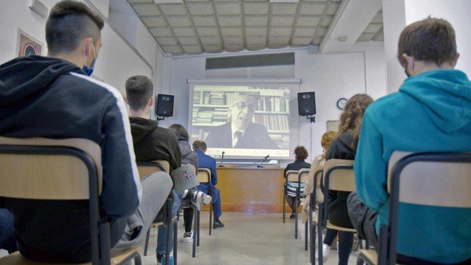 L'importante ruolo di Dante nei programmi di insegnamento e nella pratica didattica nella scuola secondaria superiore al centro del secondo appuntamento dell'Anno Dantesco sammarinese