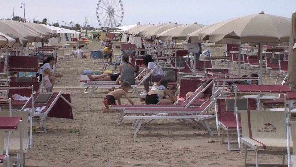 Romagna: ha inizio oggi la stagione balneare. Ecco le regole della spiaggia