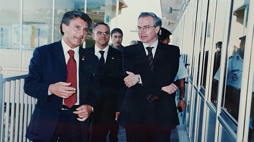 La visita di Guglielmo Epifani, allora Segretario Generale CGIL, alla CSdL il 5 giugno 2003
