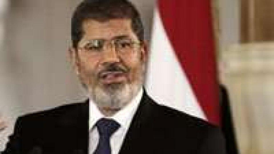 Egitto: Obama telefona a Morsi
