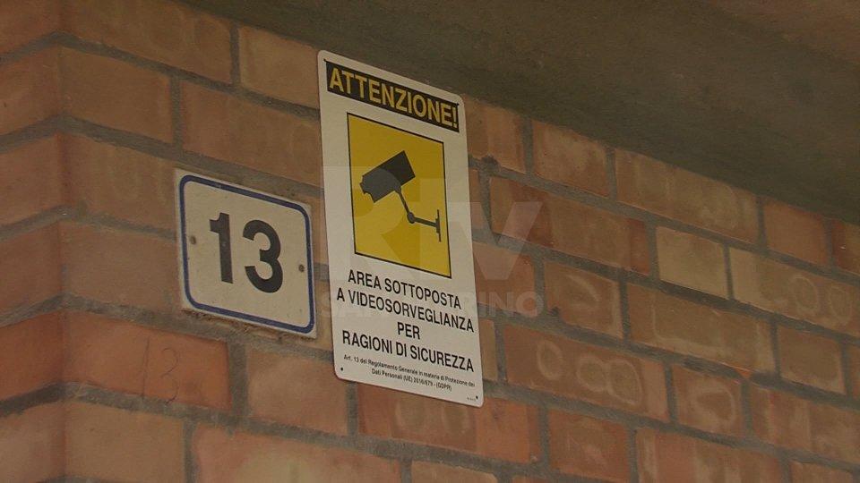 Atti vandalici a Domagnano: da mesi rifiuti abbandonati per strada e mini incendi
