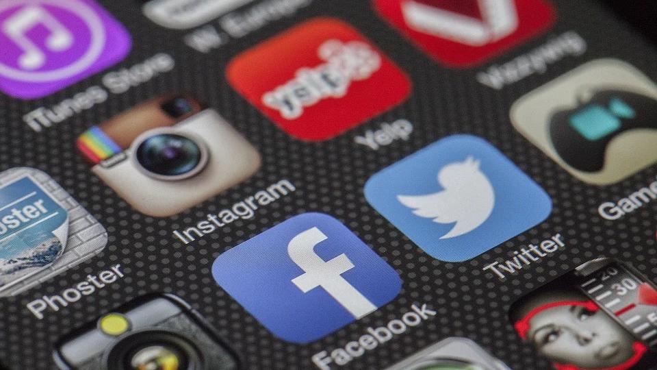 Dipendenza da Internet: cos'è e quali rischi comporta