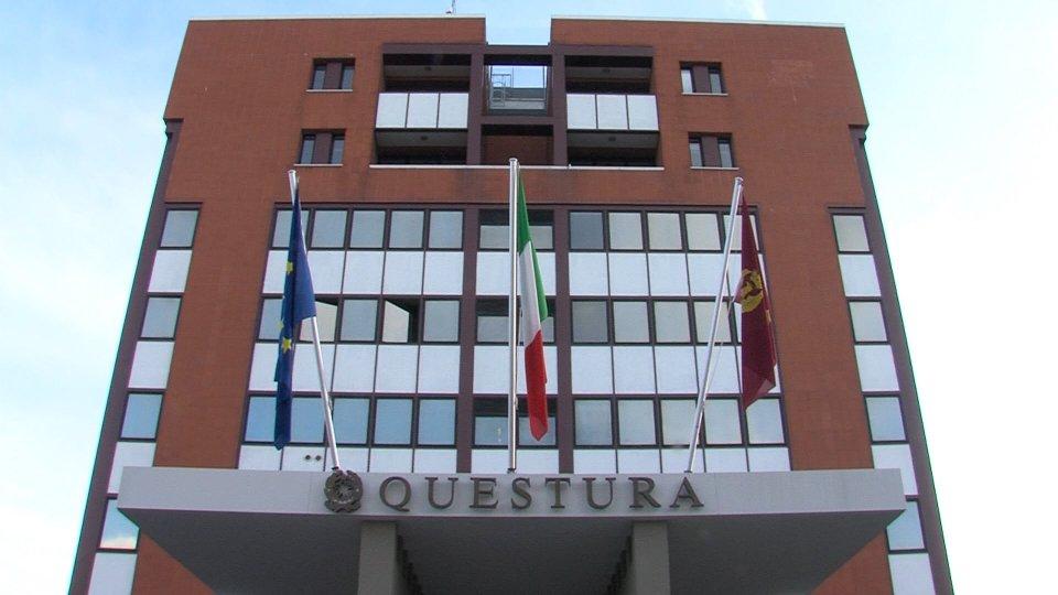 Rimini: assembramenti vicino al dj, disposti 5 giorni di chiusura per un locale sulla spiaggia