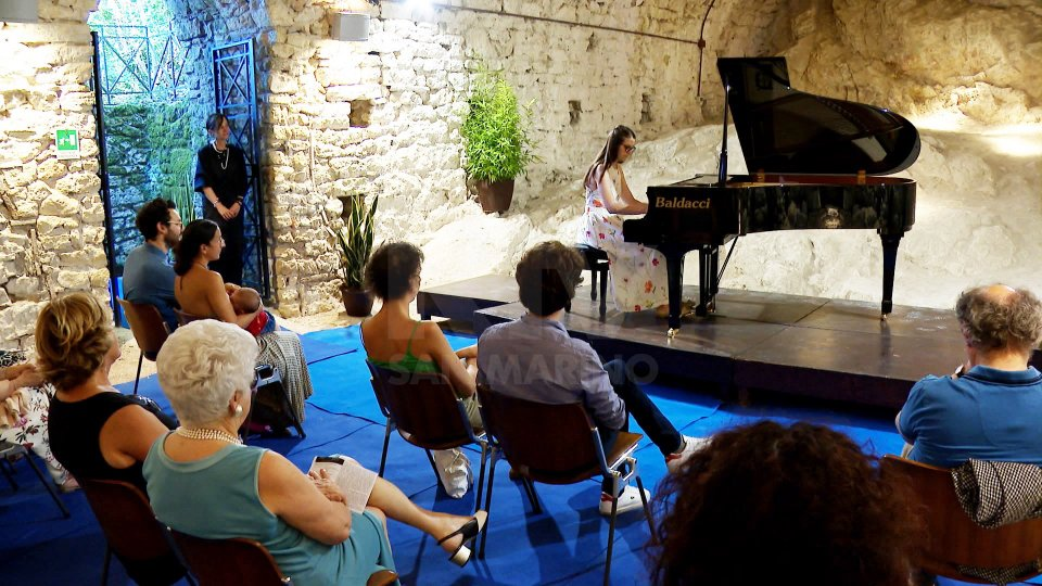 """""""Castellaccio Vibra Musica"""": domenica con i grandi nomi dell'arte sonora"""