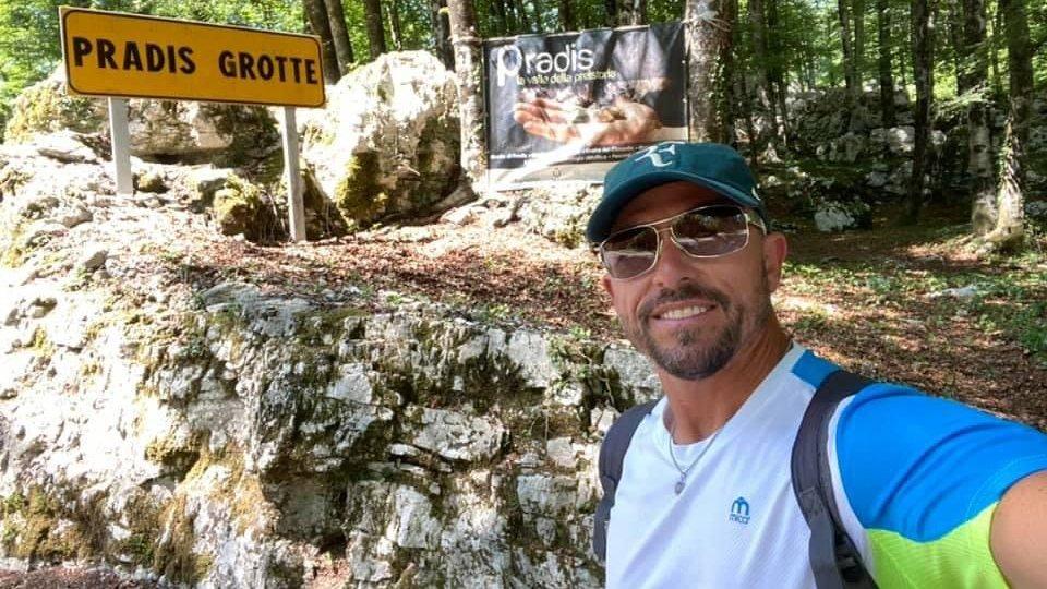 Hernan Righetti: a piedi lungo tutta l'Italia, ambasciatore del 'turismo lento e responsabile'