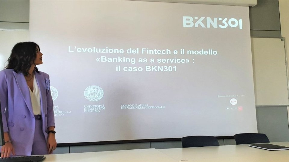 Il Titano e l'impatto delle nuove tecnologie digitali su banche e consumatori: l'analisi in una tesi discussa all'Università di San Marino