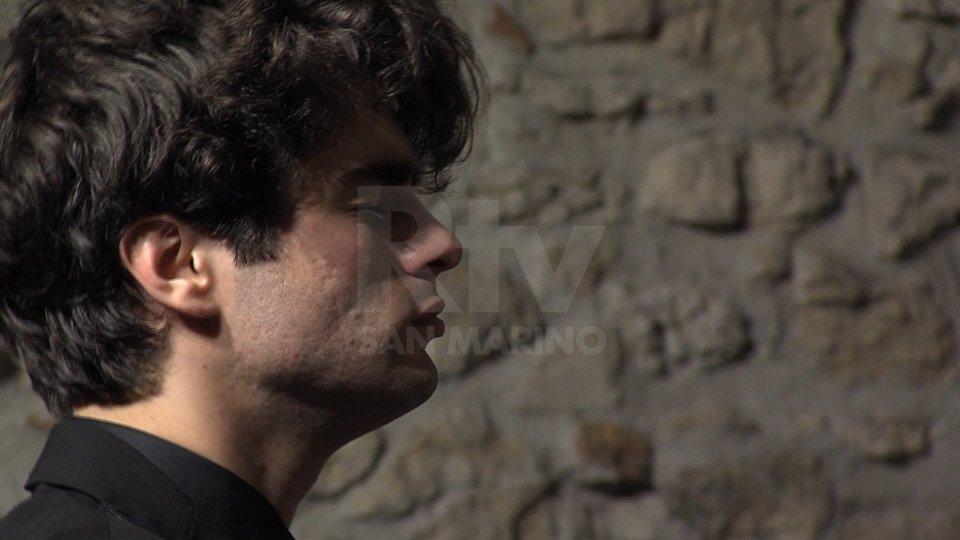 Il giovane pianista Elia Cecino si esibisce per il primo appuntamento della stagione concertistica di musica classica di San Marino