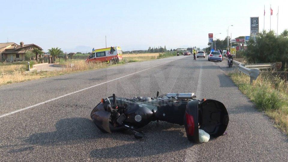 """Incidente sulla Tolemaide, motociclista trasportato d'urgenza al """"Bufalini"""""""