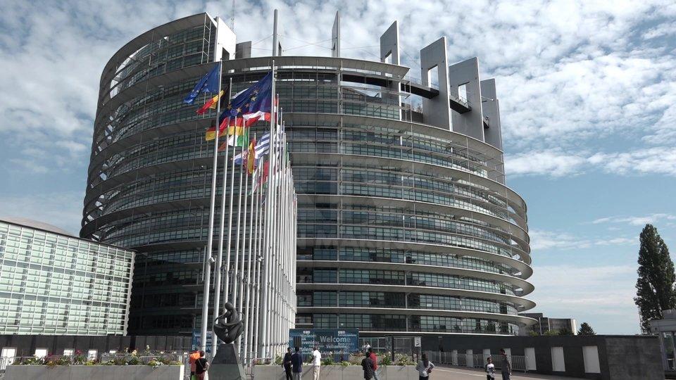 Parlamento EuropeoSentiamo Luca Beccari