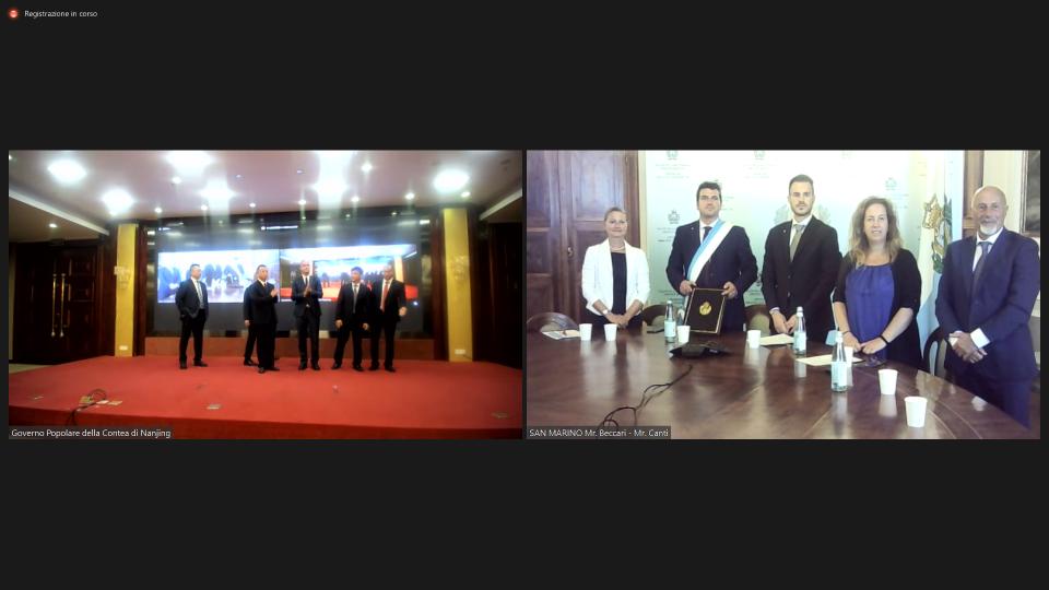 Firma dell'accordo di gemellaggio tra la Giunta di Città e la contea cinese di Nanjing