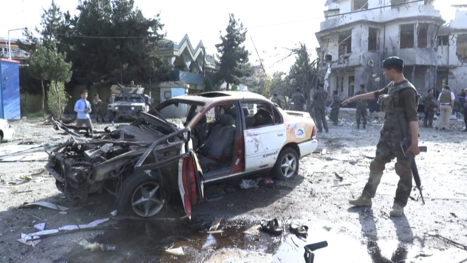 Afghanistan: dilagano i talebani. A Kunduz i governativi si arrendono in massa