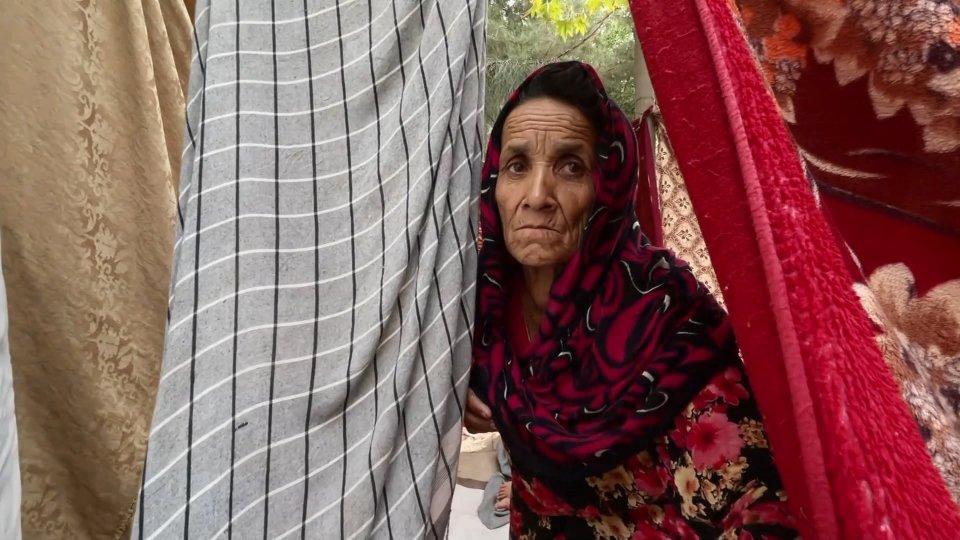 Afghanistan: nuove disfatte per i governativi, situazione umanitaria catastrofica