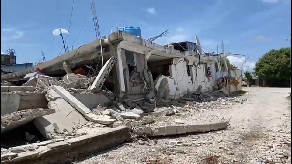 Terremoto Haiti: il mondo si mobilita per soccorrere la popolazione